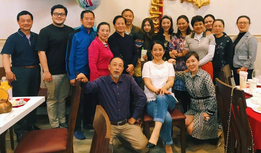 吕丽萍晒61岁生日照,素颜焉瘪还有黄斑,自然脸老了就这么真实!