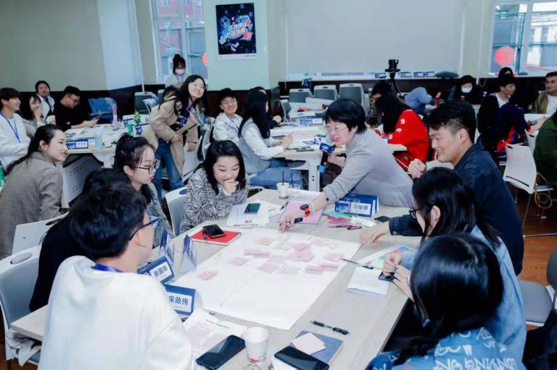 鼓励大学生参与社区建设 2021公益未来项目启动