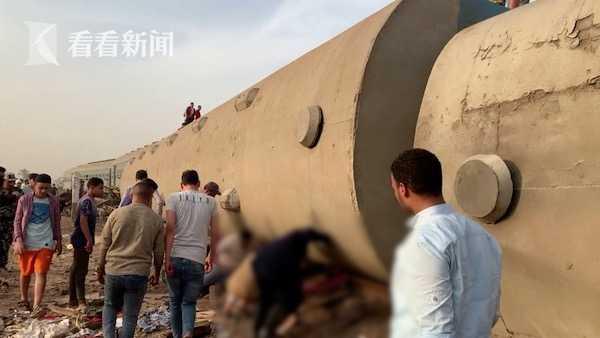 视频|埃及又一列火车脱轨已致32死 目击者无奈又无语