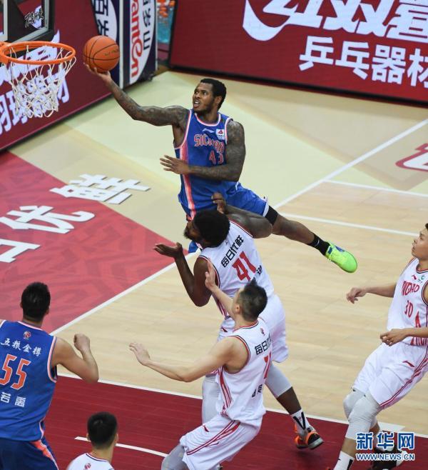 CBA季后赛:青岛每日优鲜晋级八强