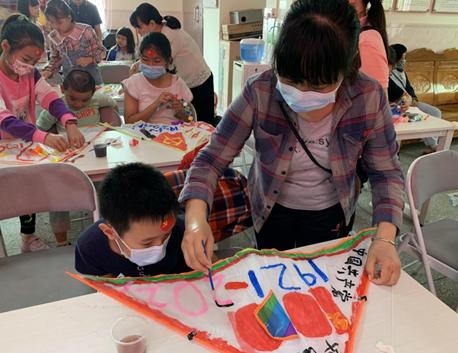 """风筝DIY、烘培体验、故事分享……马峦党群服务实力""""圈粉"""""""