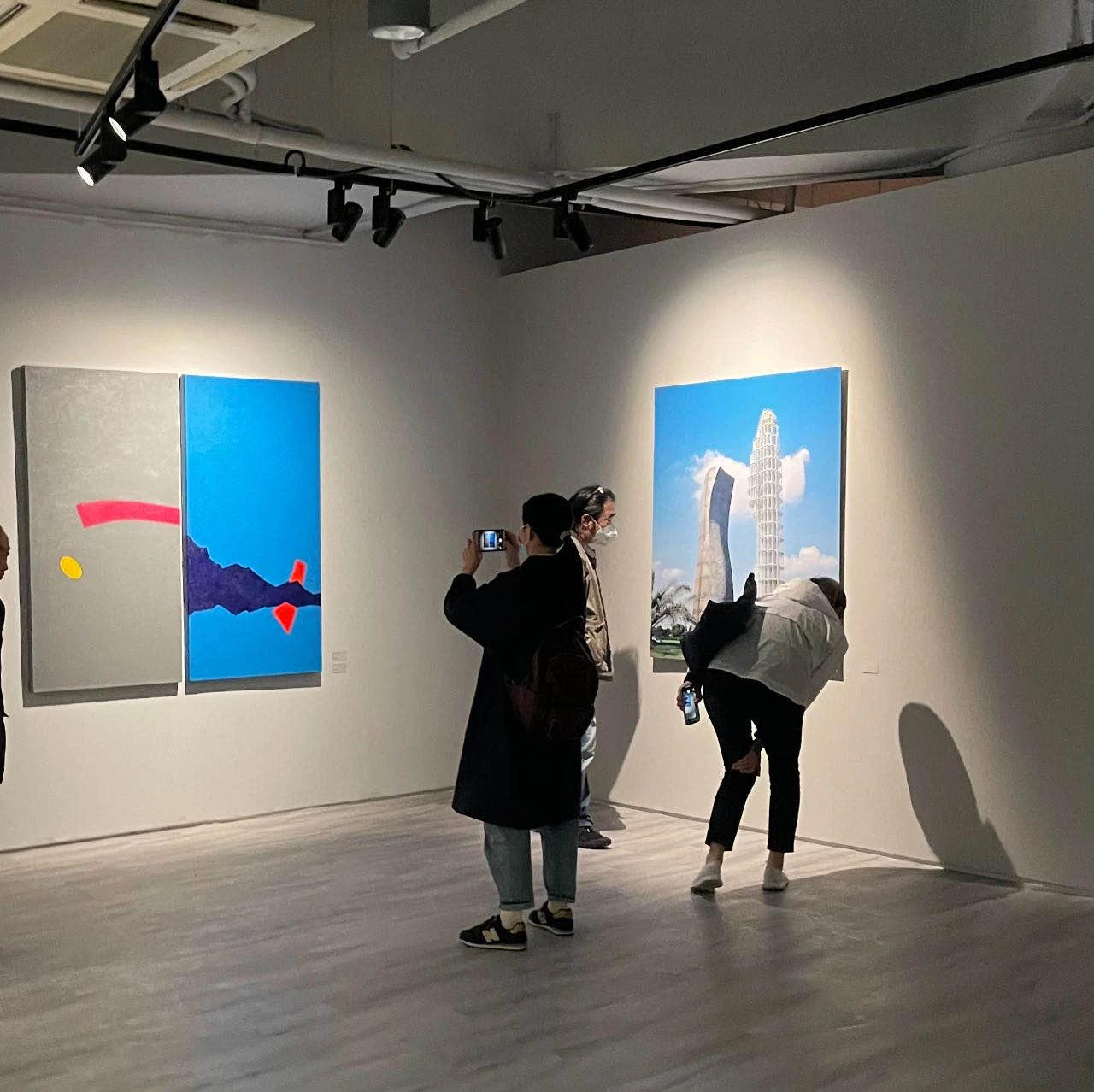 """上海高校教师的艺术创作水准如何?这次""""检阅""""让人们看到申城新时代的精神肖像"""
