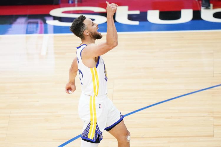 库里生涯3次单场投进10+三分和10+罚球 NBA历史总共7次