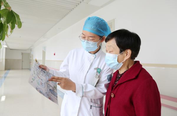 威海市立医院医护手绘漫画地图助患者就诊