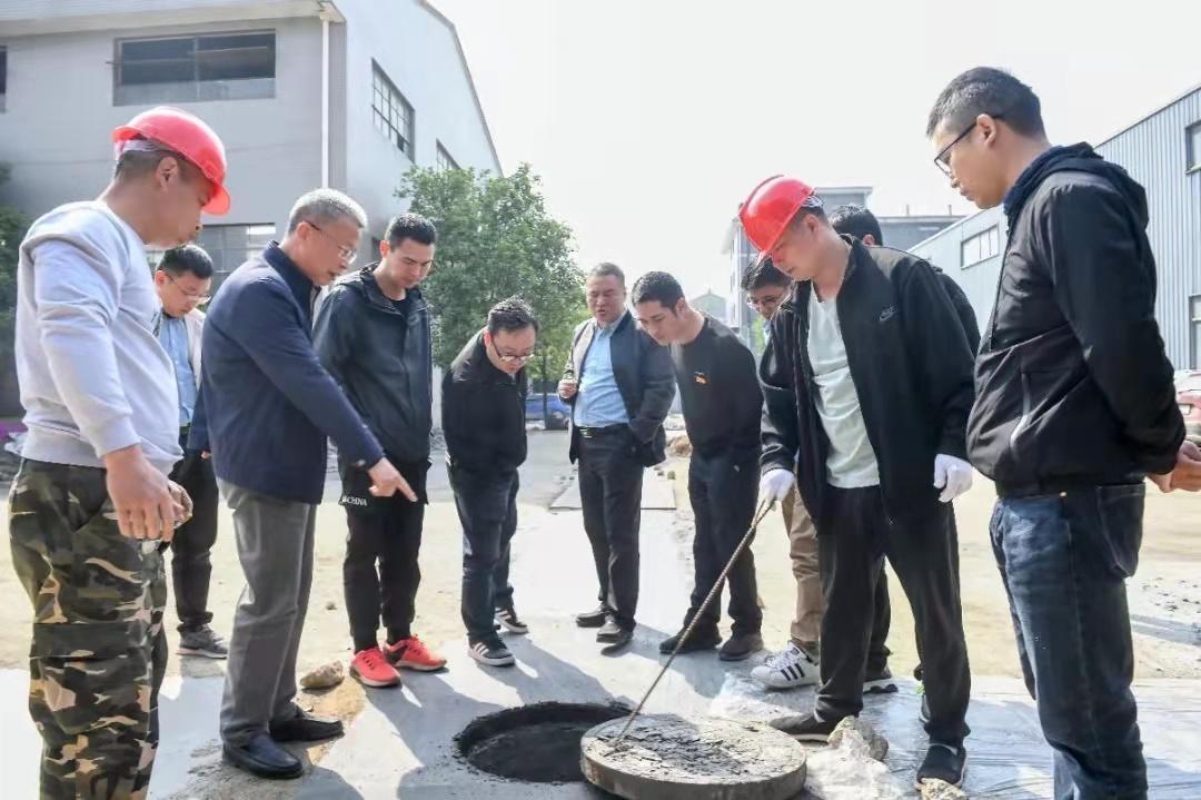 桐庐县城南街道组团服务 解企业雨污分流难题