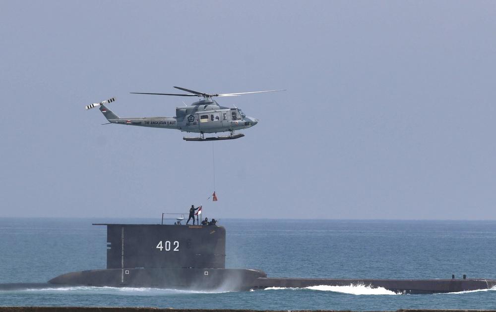 新加坡潜艇救援船已前往印尼潜艇失联海域协助搜寻