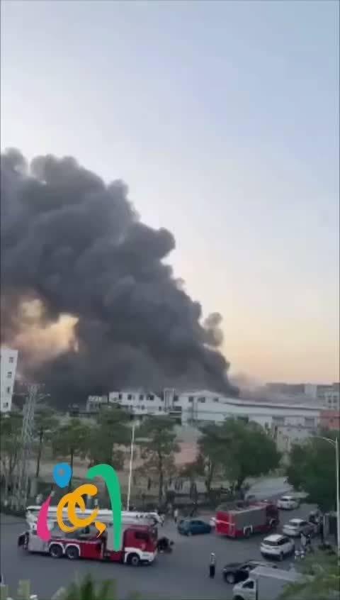 同安一厂房发生大火 32辆消防车紧急救援