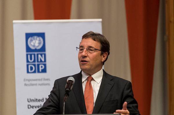 联合国大会同意施泰纳连任开发计划署署长,任期4年