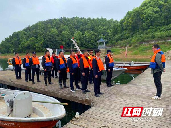 重拳出击 湘乡多部门联合行动整治水府庙水库水域生态环境