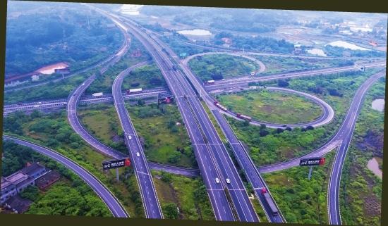 """这条高速路如何成为湖南""""中轴线"""",沪昆高速湖南段途经多个历史文化景点"""