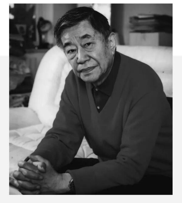 老舍之子舒乙告别仪式举行 92岁人艺演员前往送别