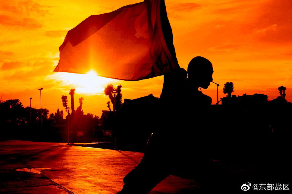 东部战区空军某雷达旅:时刻捍卫祖国辽阔壮美的领空