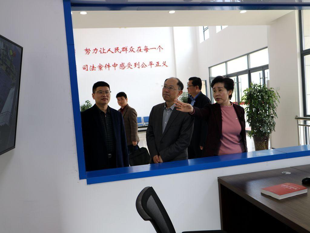 市中院院长武星调研荆州区法院弥市人民法庭工作