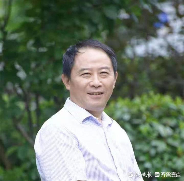风摇青玉枝——著名画家赵小竹作品赏
