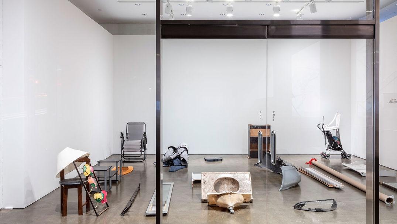 """延期的""""洛杉矶制造""""双年展:那些依旧能表达当下的作品"""