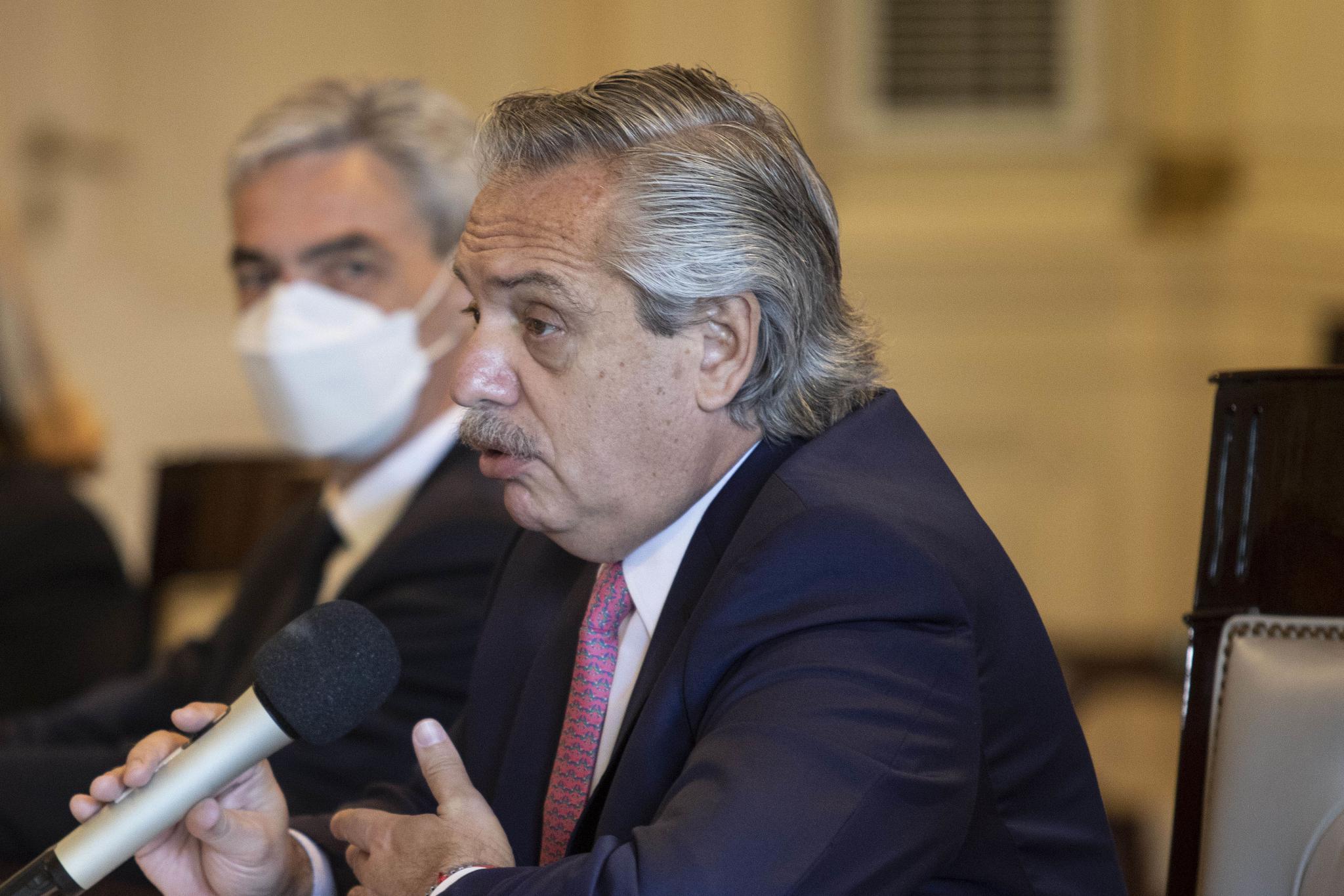 阿根廷总统费尔南德斯确诊新冠肺炎 正在官邸进行自我隔离