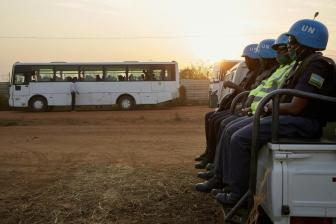 联合国方面帮助南苏丹58名被绑架妇女儿童回家