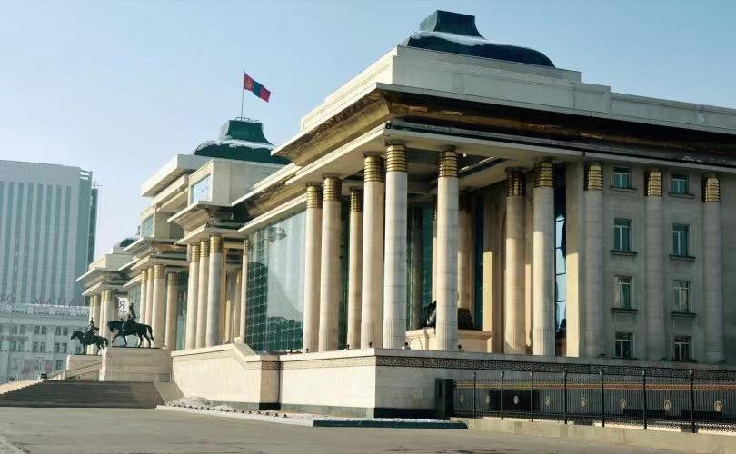 蒙古国国家大呼拉尔2名委员助理确诊新冠肺炎