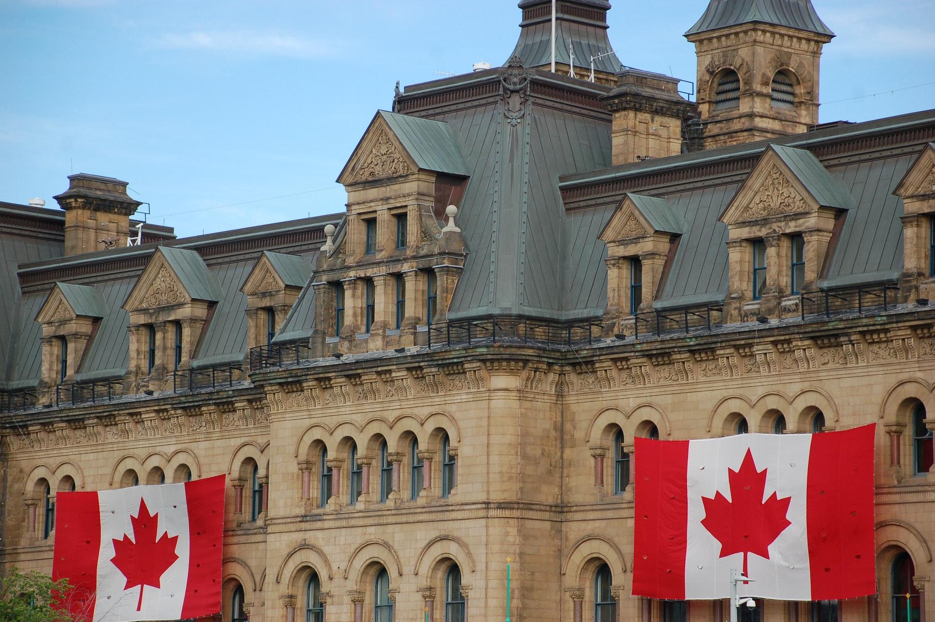 加拿大保守党呼吁调查特鲁多政府,指其对疫情毫无准备,反应混乱