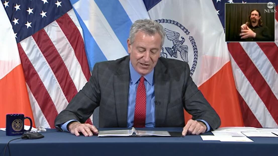 游客在纽约时报广场附近被流弹击中,市长:纽约人不怕