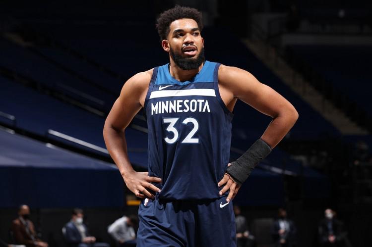 唐斯生涯64次得分30+篮板10+ 追平加内特排名历史第32