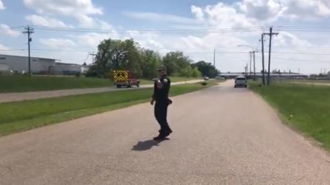 美国得州突发枪击案已致1死6伤 嫌疑人被拘留