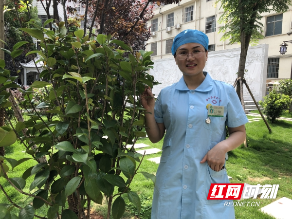 国际护士节丨徐福荣:把初心写在岗位上 把使命落实在行动中