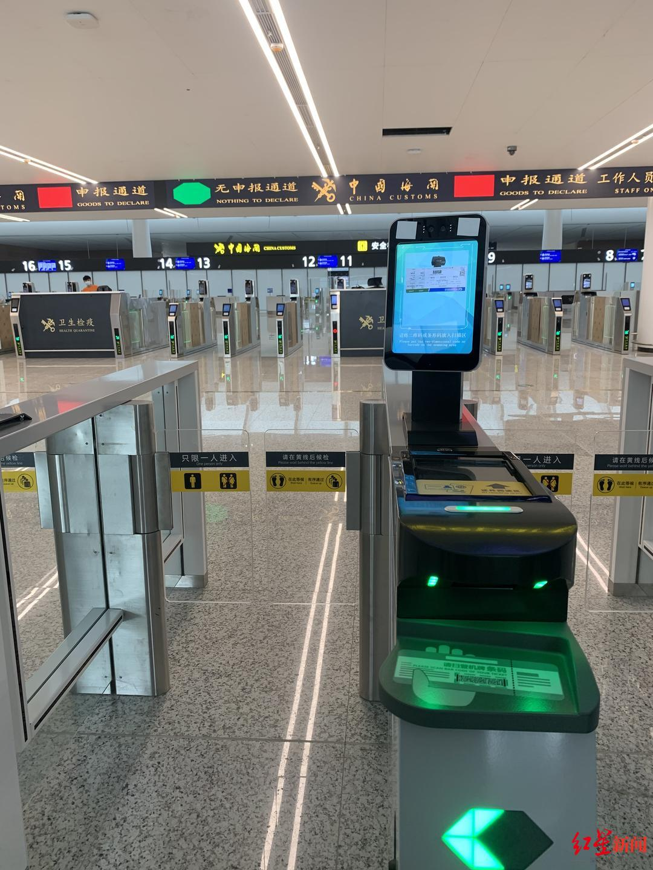 自助托运、毫米波安检、人包匹配……天府国际机场赶飞机攻略大揭秘!