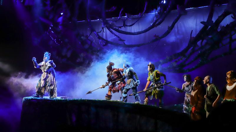 国民IP《熊出没》改编舞台剧,360度可旋转舞台营造森林