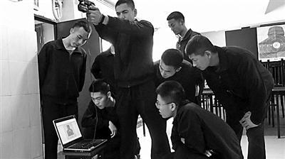 """用""""科技+""""为训练赋能 军校课堂原来可以这么""""潮"""""""
