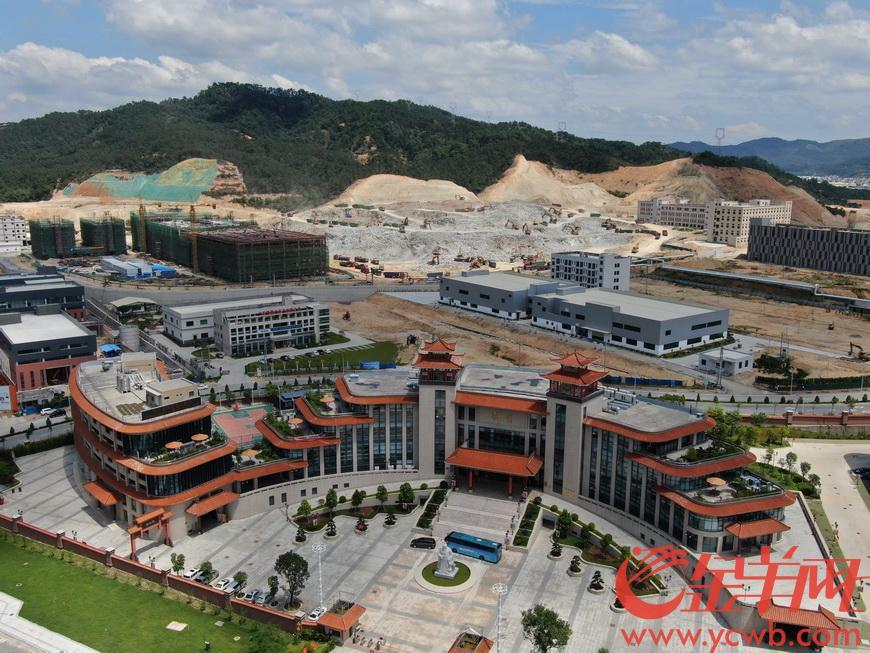 沿着高速看中国(广东)丨平时云浮工作、周末广深休息 高速加深了珠三角与云浮的联系