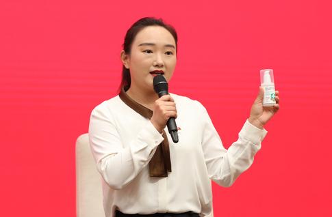 扶贫女书记卢毅:没想到自己的工作与中华民族的梦想息息相关