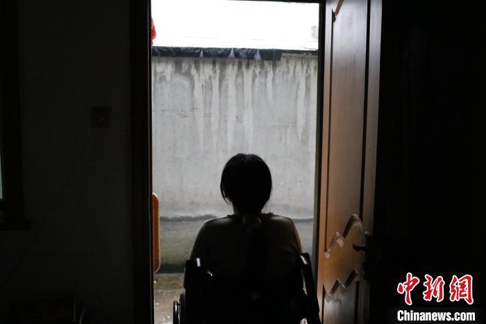 浙江轮椅上的创业者:自强者 人恒强之