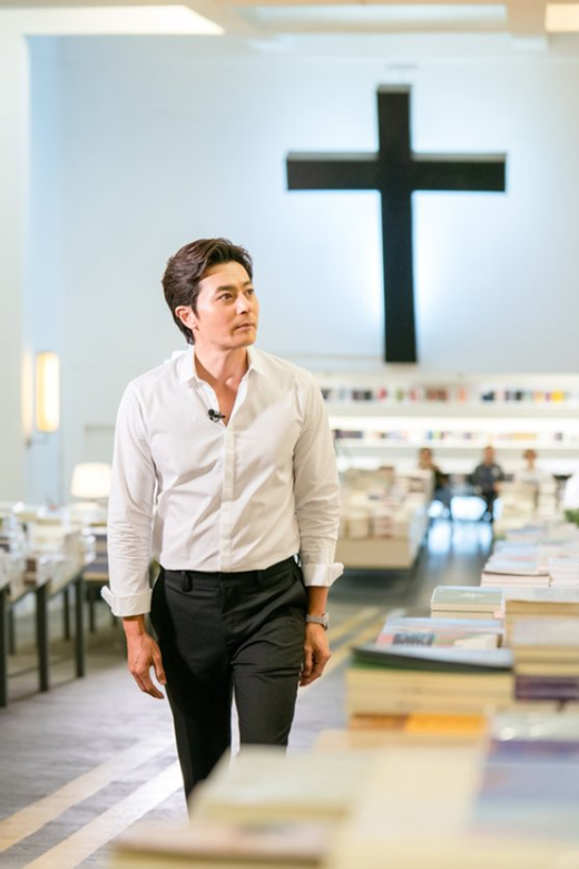 JTBC纪录片《Back to the Books》 获得休斯敦国际电影节白金雷米奖
