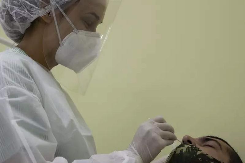 巴西已检出110种在该国传播的变异新冠毒株