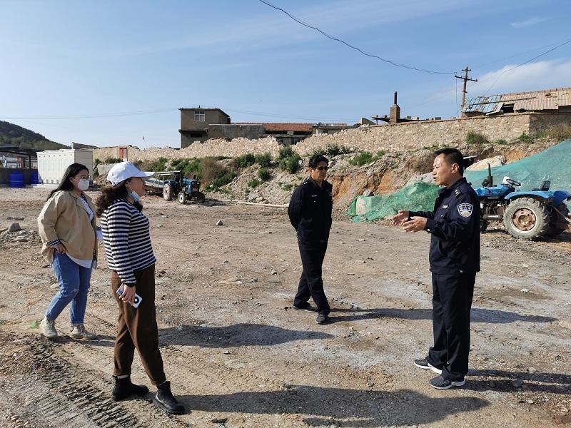 长岛区开展垃圾堆放巡察执法行动 发现5处堆放点