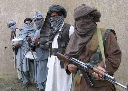 美军刚开始撤,阿富汗塔利班就夺取了首都门户