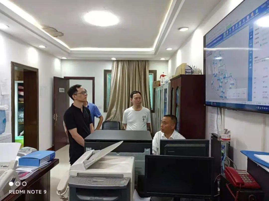黔东南州生态环境局到黄平县开展汛期安全隐患排查整治行动督导