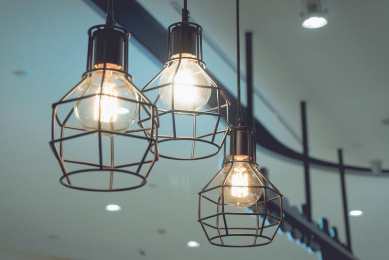一线品牌灯饰有哪些 客厅灯饰的选择方法