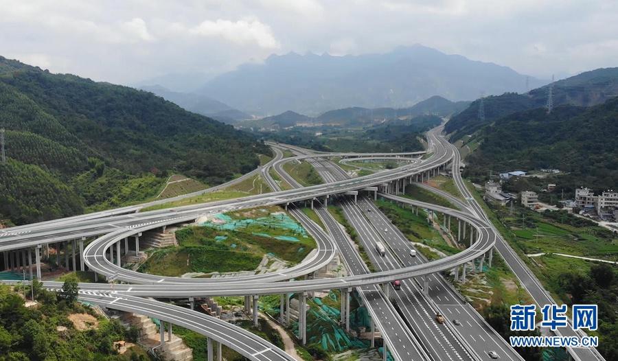沿着惠清高速 来一场说走就走的旅行