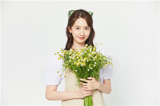 少女时代成员林允儿生日之际 参与花卉特别募捐活动