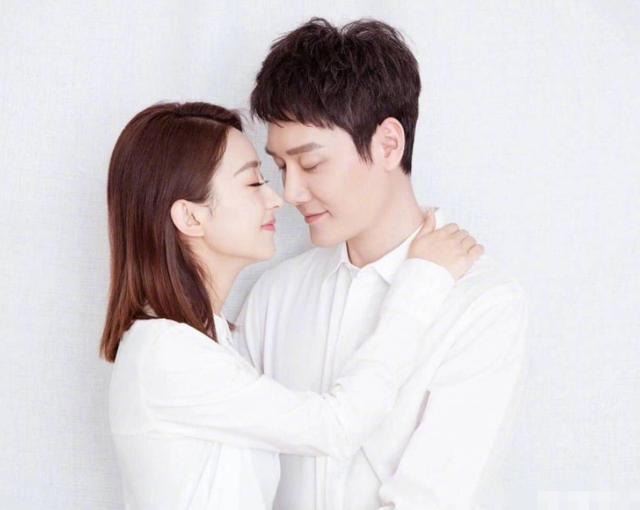 冯绍峰离婚后现身拍戏现场,与海清谈笑自如,近况却引人注目