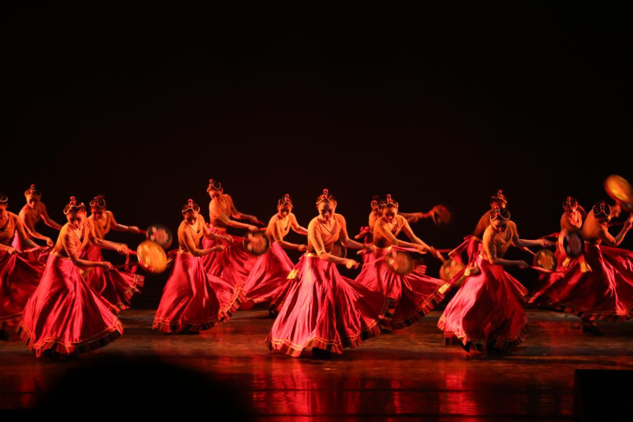 贵州民族大学音乐舞蹈学院2021届舞蹈毕业汇报演出圆满收官