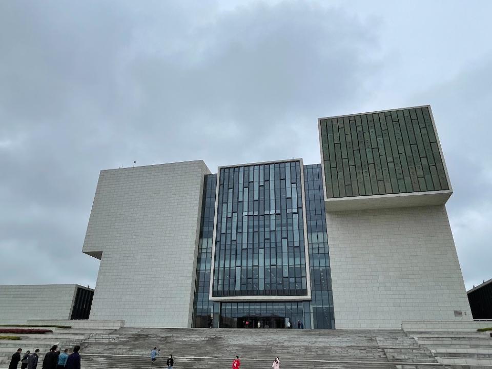 集展厅、实验室等功能,山东大学博物馆青岛馆正式开馆