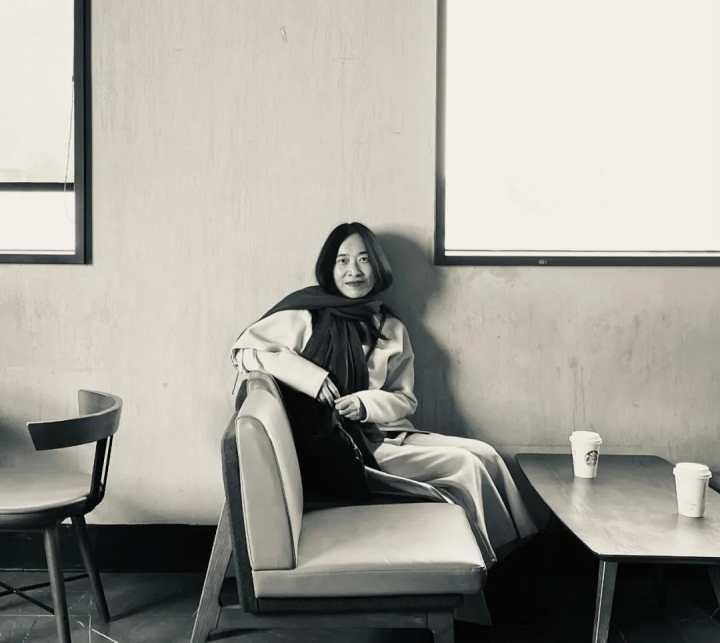 是记者也是作家 来看萧耳笔下吴侬软语丝丝入扣的江南