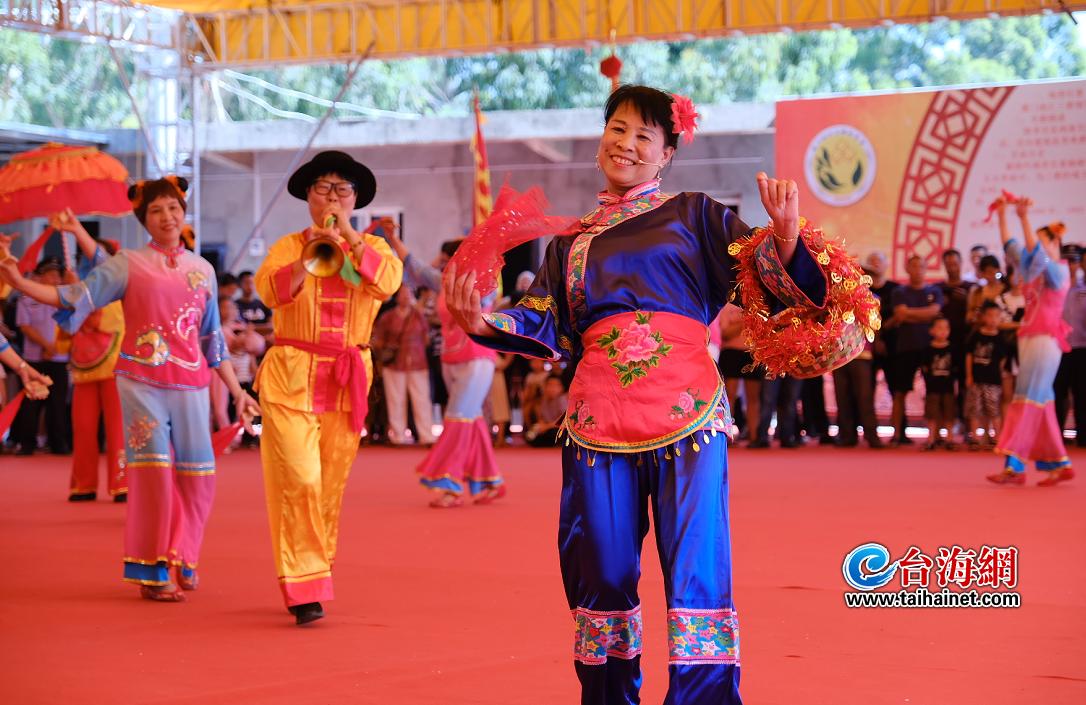 海沧举办保生大帝圣驾巡安文化节 闽南传统民俗文化放异彩