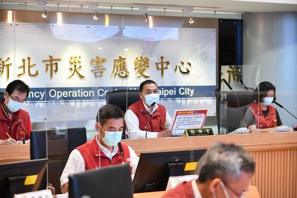 """台湾疫情升温 新北市长:正研议是否设""""方舱医院"""""""
