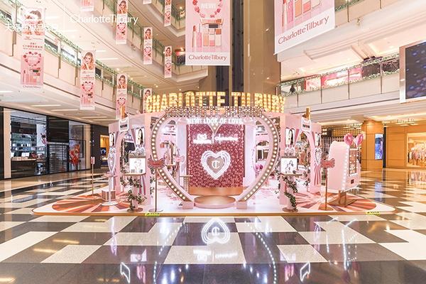 CHARLOTTE TILBURY携符龙飞与天猫国际  共庆天猫超级品牌日