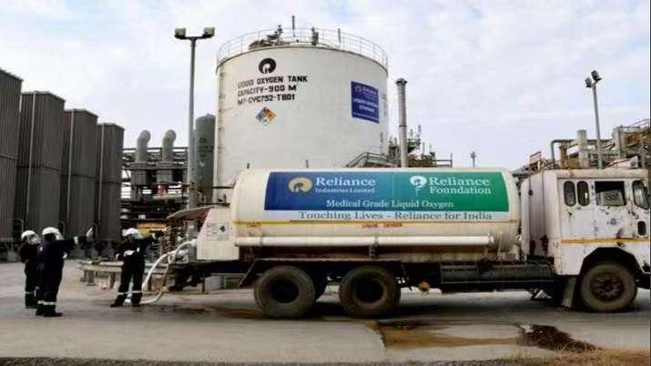 """热带气旋""""陶特""""影响印度古吉拉特邦 莫迪要求当地制氧厂保障供应"""