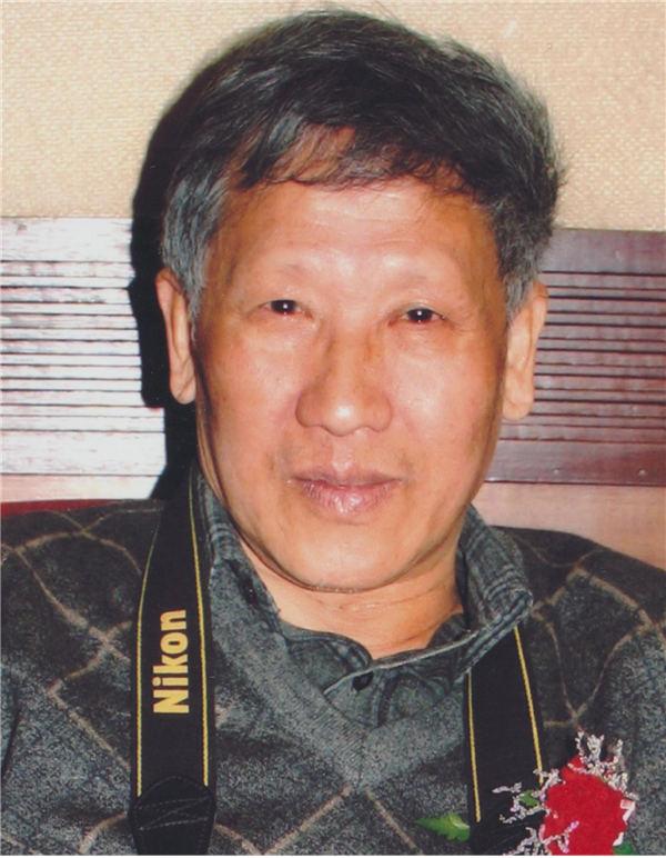 中国传统绘画艺术家张榕山